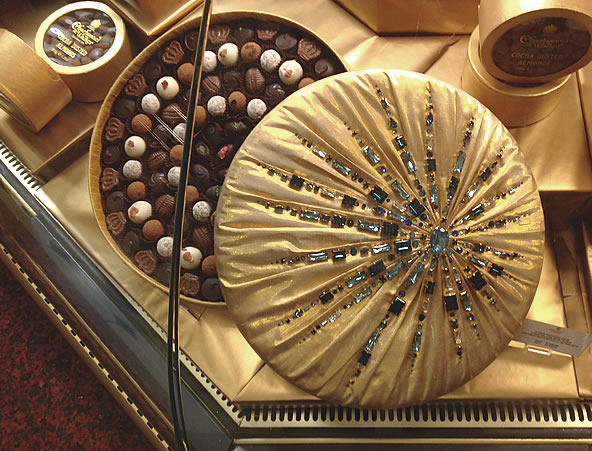 Charbonnel et Walker Harrods Chocolate Hall Swarovski Crystals Sunburst 1kg Couture Silk Chocolate Box Packed with Fine Chocolates