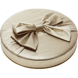 Charbonnel et Walker Large Gold Silk Bow 1kg & 3kg Couture Silk Chocolate Box